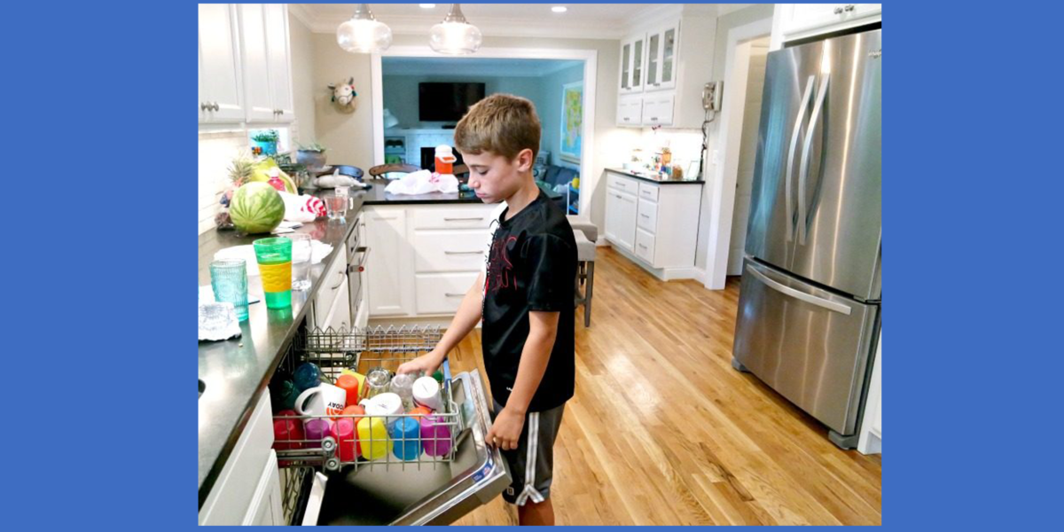 Chores and helping with household tasks: What to expect if you expect your kids to do them